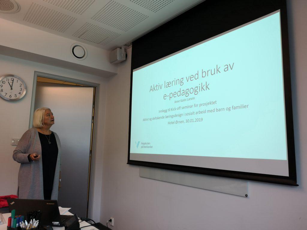 Anne Karin presenterer